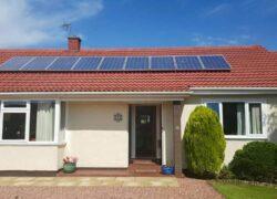 Residência com produção de energia solar